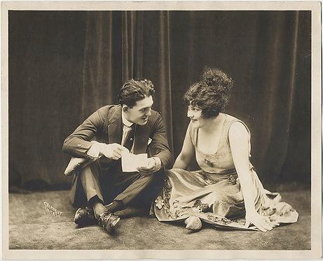 20s COUPLE EDDIE & LOULLA by VINE & TEMPLE DISCUSS LETTER SITTING PRESS PHOTO PR