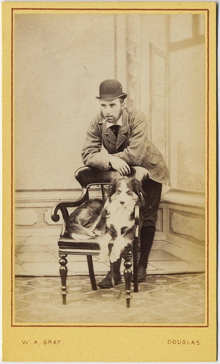 CDV PIPE SMOKING MAN in BOWLER HAT & DOG W A GRAY Douglas Lanarkshire photog.