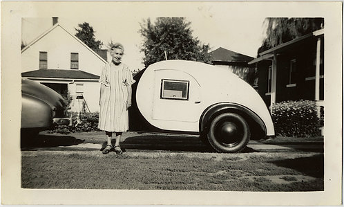 OLD LADY POSES w AWESOME TEAR DROP SHAPED MINI TRAILER CARAVAN BUGGY