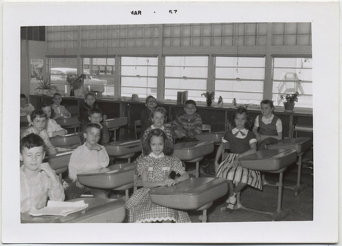 LOVELY SCHOOLROOM INTERIOR w KIDS SCHOOL CHILDREN OBEDIANTLY at DESKS 1957