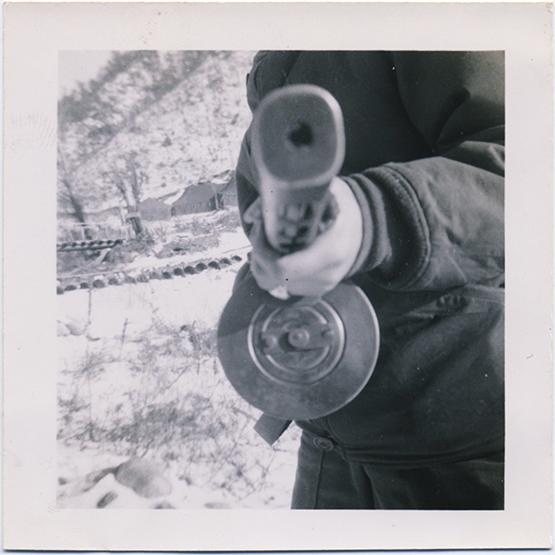 fp3363(MachineGun_EndTowardCamera)