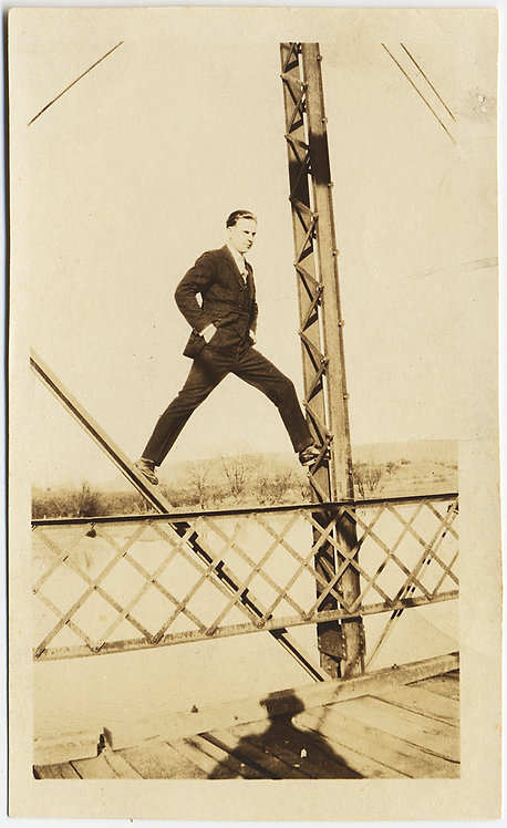 HANDSOME DAREDEVIL in SUIT STANDS on BRIDGE METAL GIRDERS SHADOW WATCHES