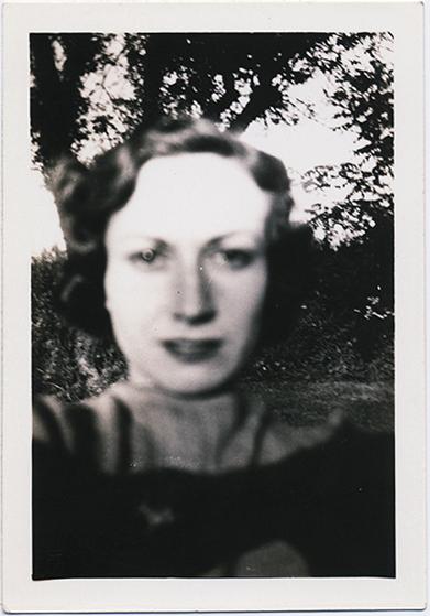 fp3311(Woman_Face_SoftFocus)