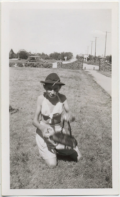 YOUNG BOY in DRAG  with PURSE KNEELS on LAWN WEIRD STRANGE ODD GAY INT!