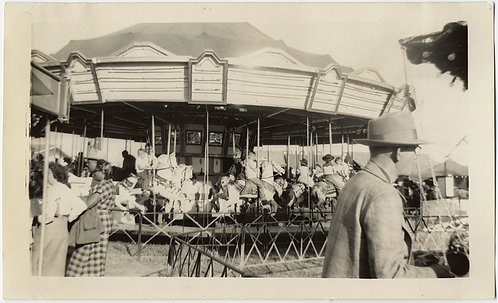 FABULOUS VINTAGE MERRY GO ROUND CAROUSEL and PASSING BY GUY FAIRGROUND