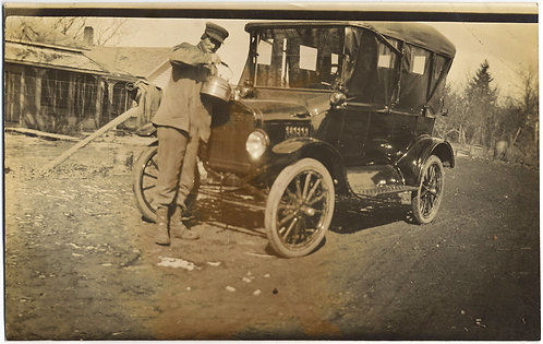 CHAUFFEUR of VINTAGE VEHICLE FILLS RADIATOR w WATER from LARGE KETTLE RPPC