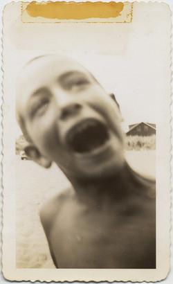 fp8389(Blur-Boy-Mouth)