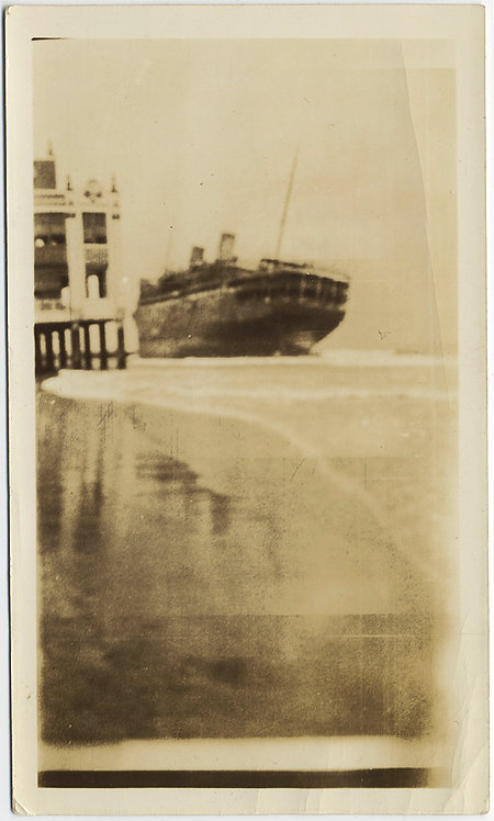 BEAUTIFUL BEACHED SHIP LISTS ATMOSPHERIC EVOCATIVE SNAP of PHOTO?