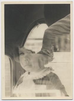 fp3499(DE_Child_AutoInterior)