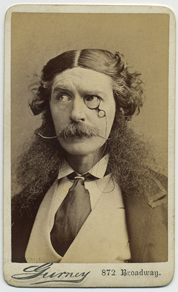 fp3853(CDV_CharacterActorWithMonocle)