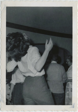 fp8273(Ecstatic-Woman)