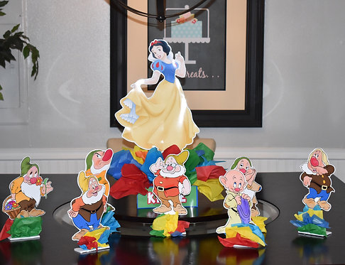 Snow White Birthday Party Centerpieces decorations