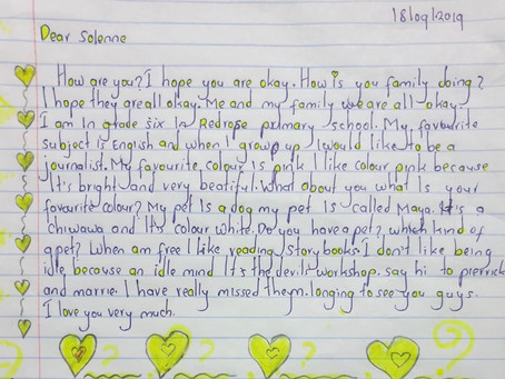 Lycée Français de Los Angeles 7th graders write to their pen friends at the Red Rose School
