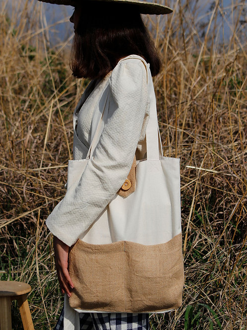 Julieta Tote Bag