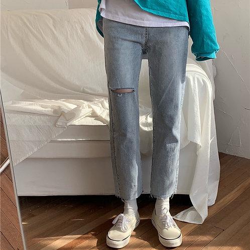 Jen Ripped Jeans  H8032