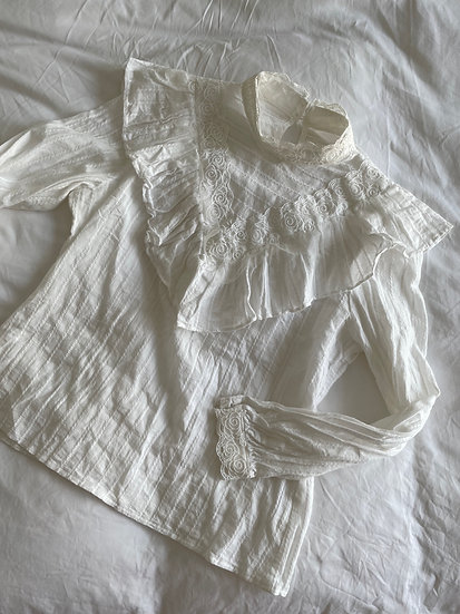 Jacquard White Cotton Frill Front Top - size 8