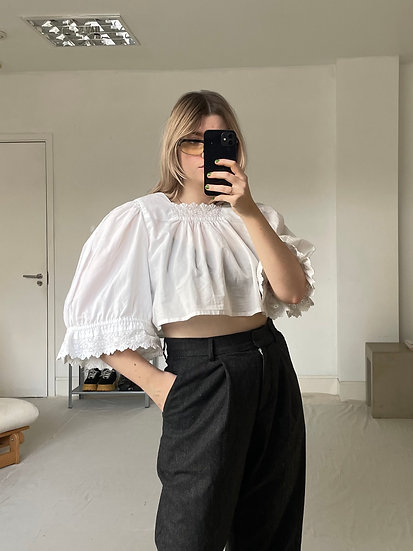 Cropped Square Neck Top with Puffed Sleeve