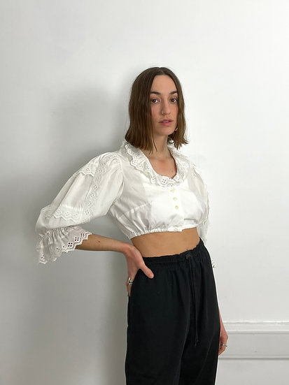 Cropped Cotton Broderie Anglaise frill Collar Top