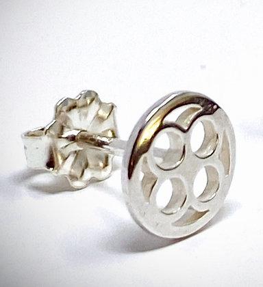 Single pqbd Stud Earring