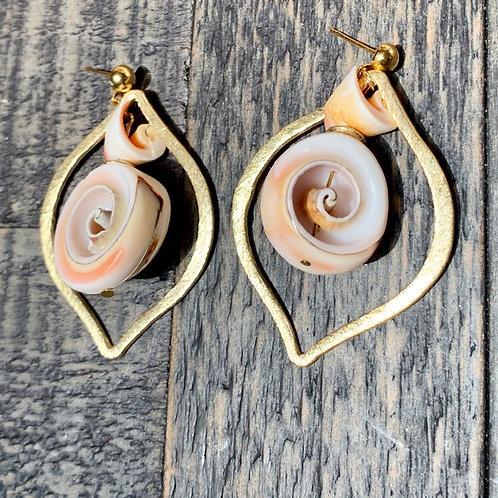 Red Lip Seashell Teardrop E-coated Earrings