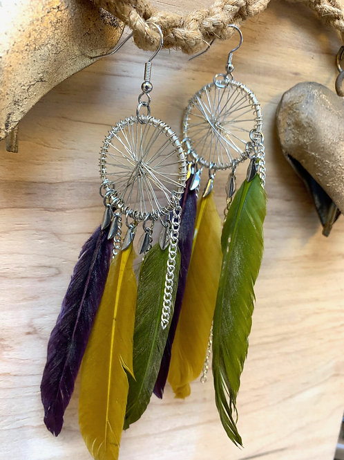 3 feathers in a dream catcher charm earrings
