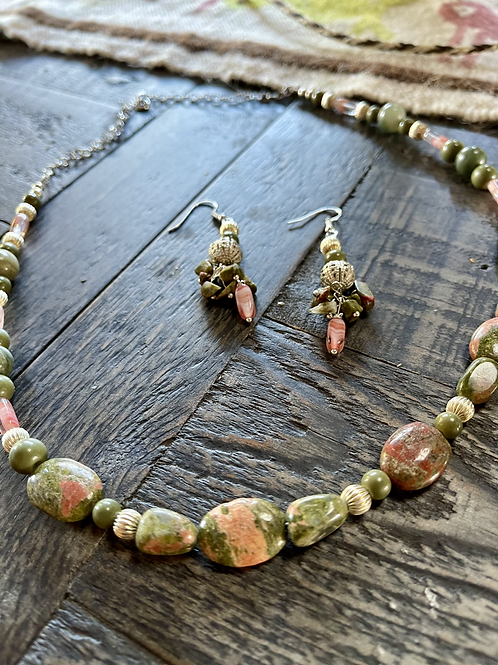 Unakite tumbled stone green/pink necklace & earrings