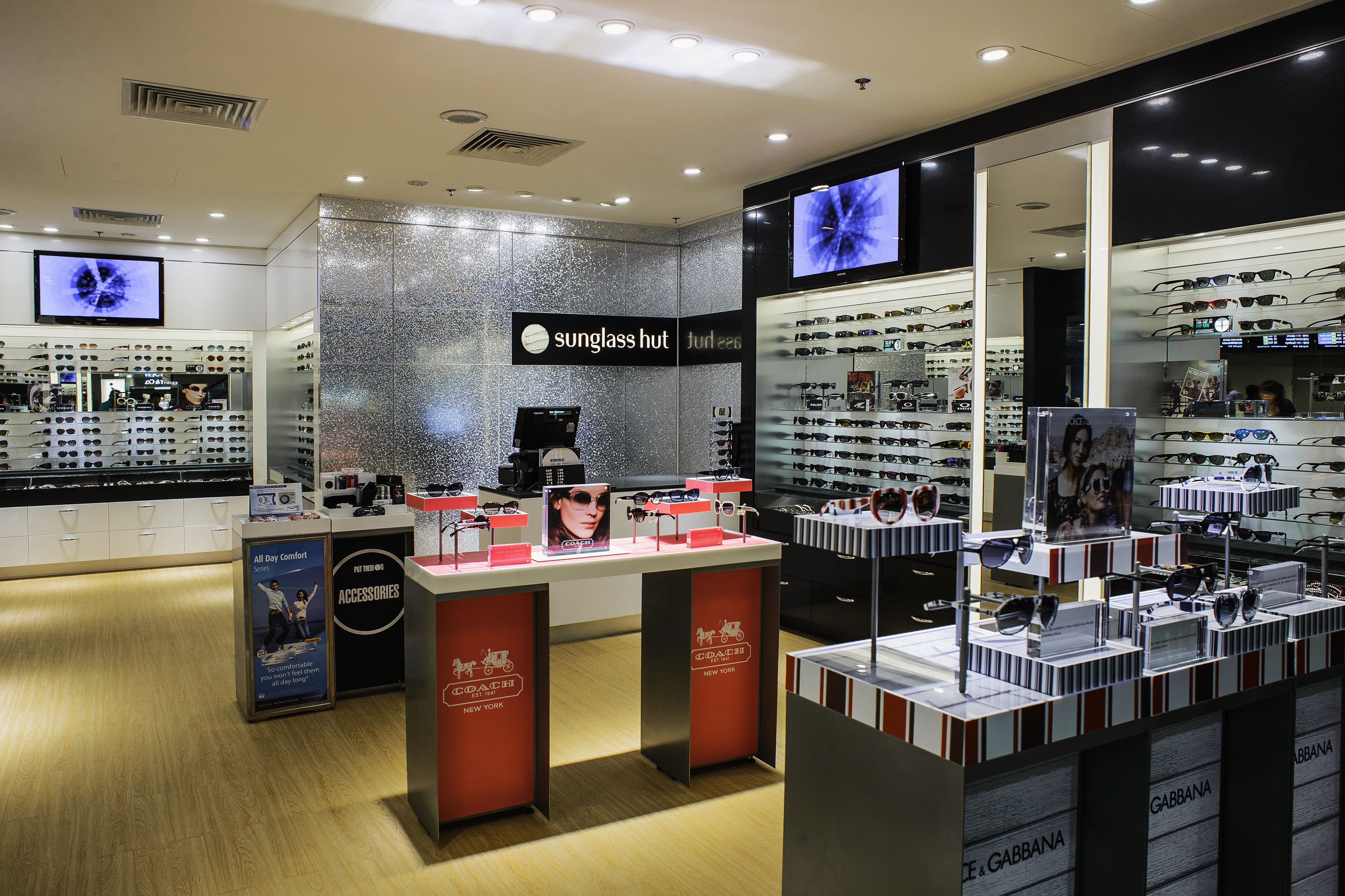 Sunglasshut Singapore