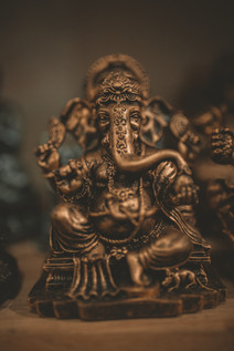 brass-colored-lord-ganesha-figurine-2280