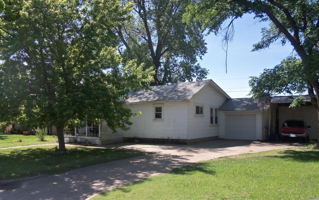 1315 8th, Great Bend