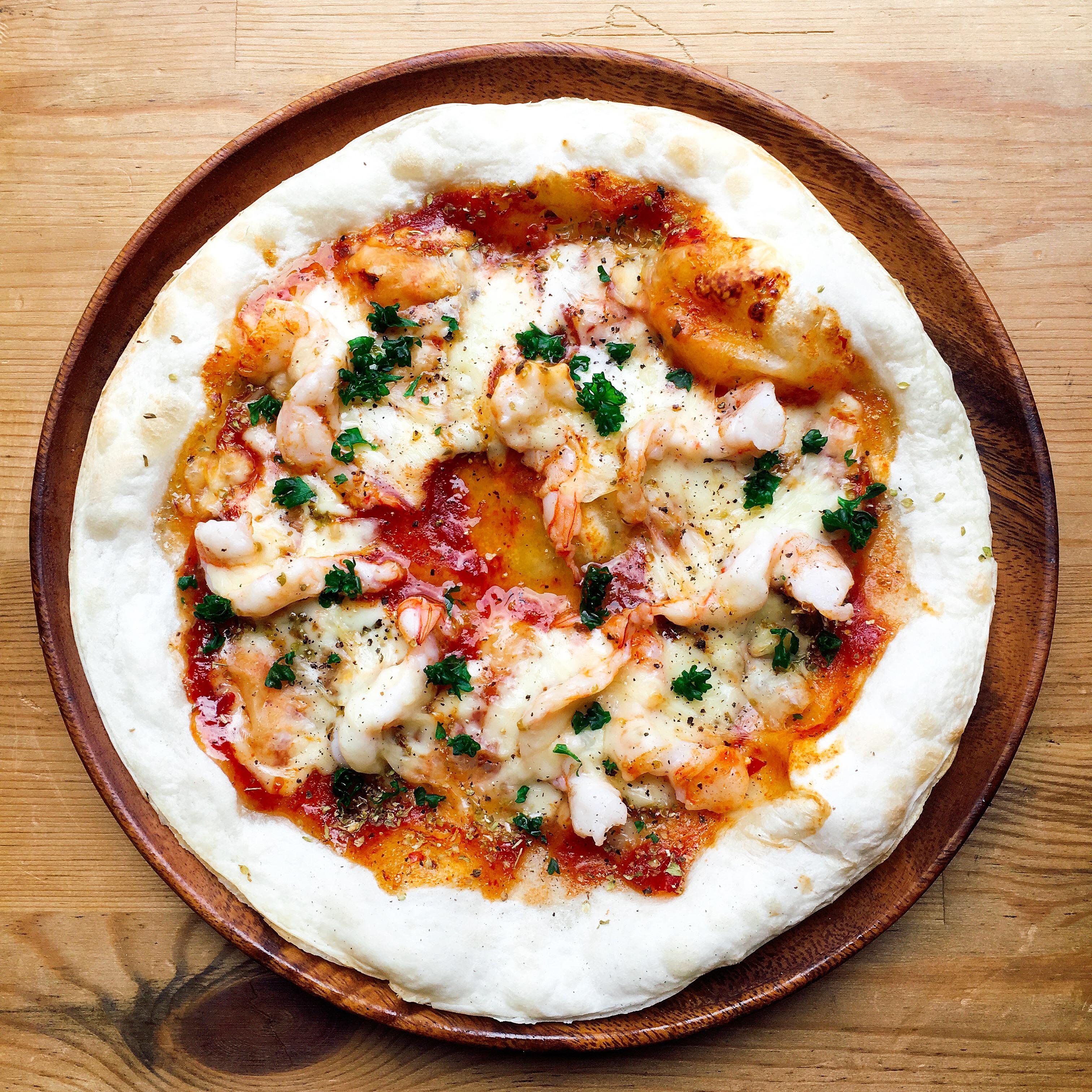 エビチリのピザ