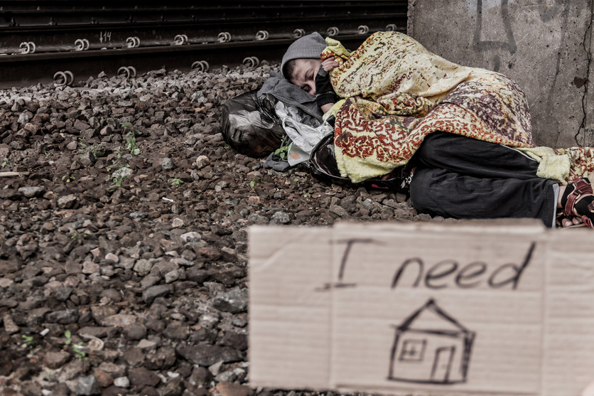 What does it mean to be a Human Being Positively Human? Common Humanity with Homeless People