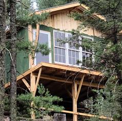 Little Bit O' Heaven Treehouse
