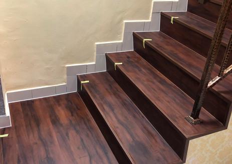 Staircase (1B).jpg