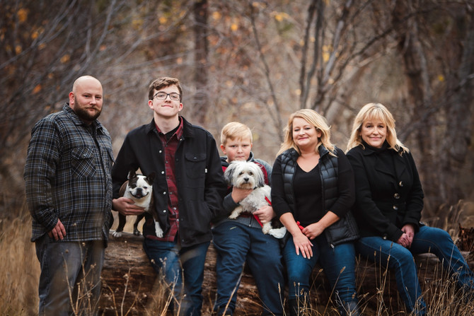 FAMILY FALL- PETERSON CREEK