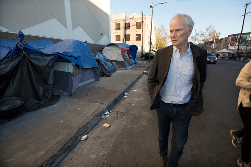 Philip Alston à Los Angeles © Dan Tuffs, The Guardian