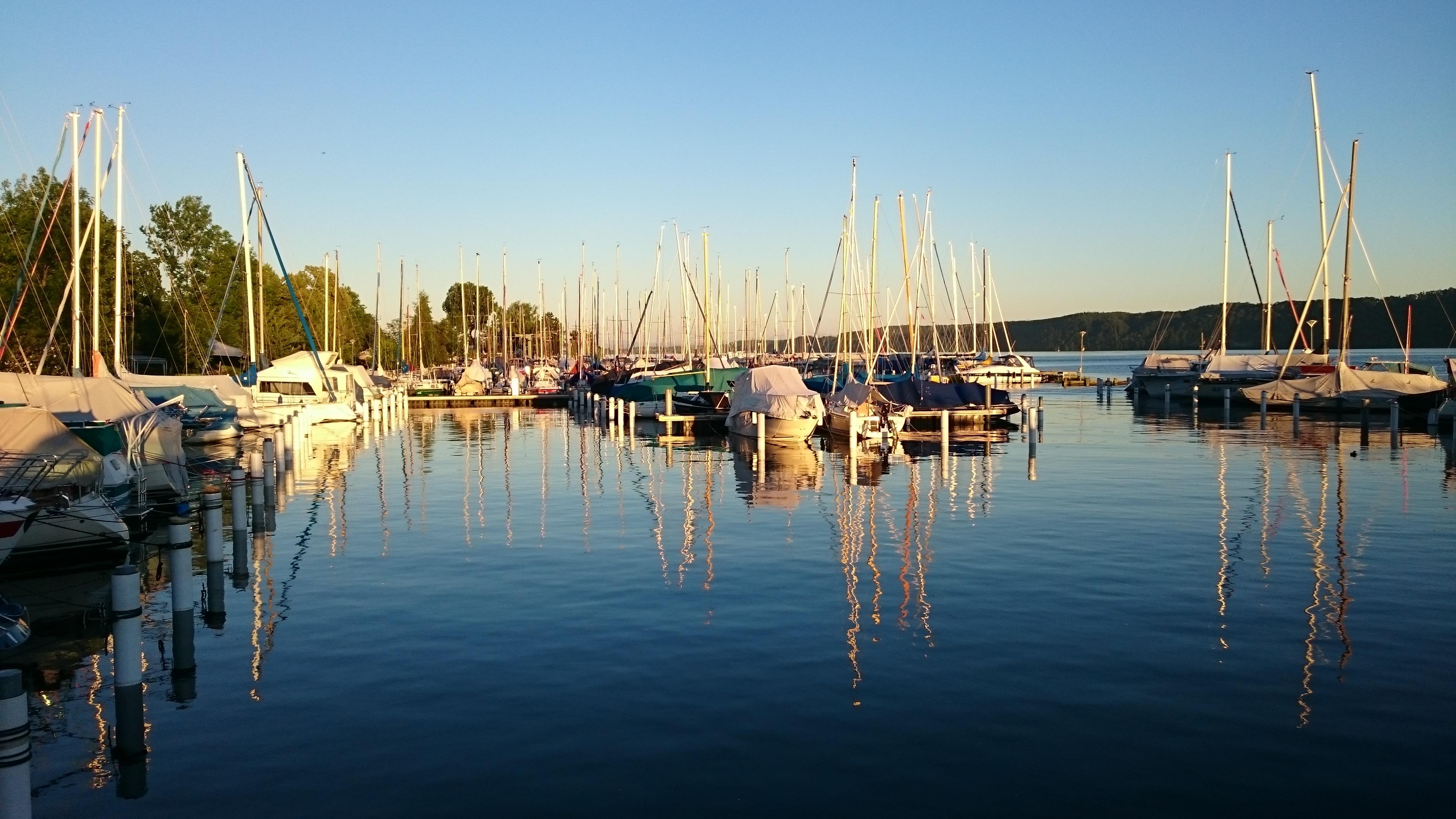 Hafen-Bordübernachtung