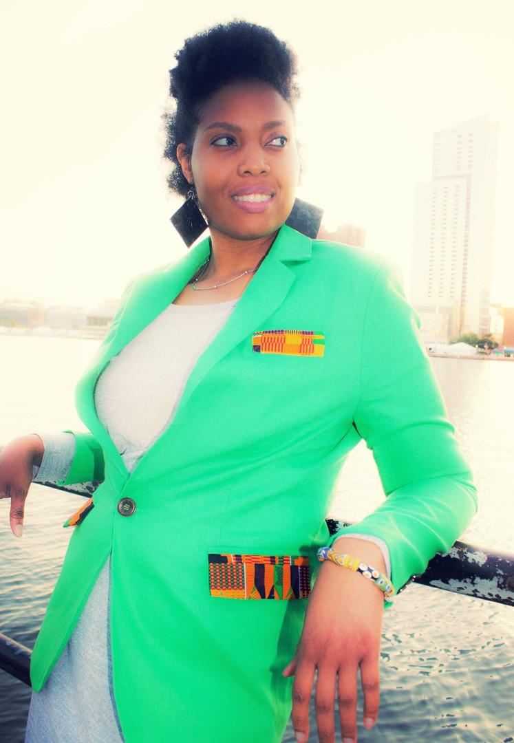 Green blazer 4_edited.jpg