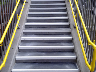 Anti–Slip Stair Nosing