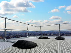 freestanding roof edge protection system