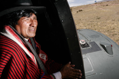 Evo Morales no helicoptero