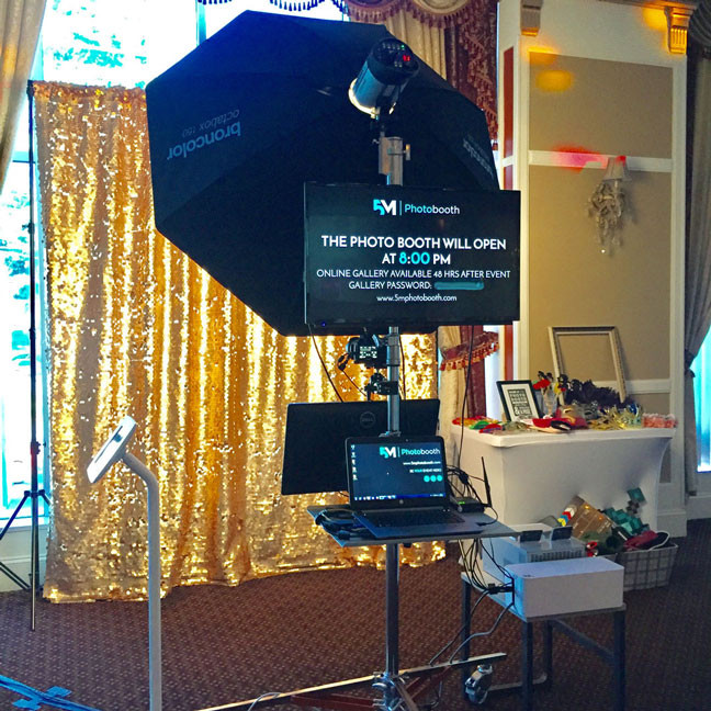 photo booth rental in delta main setup