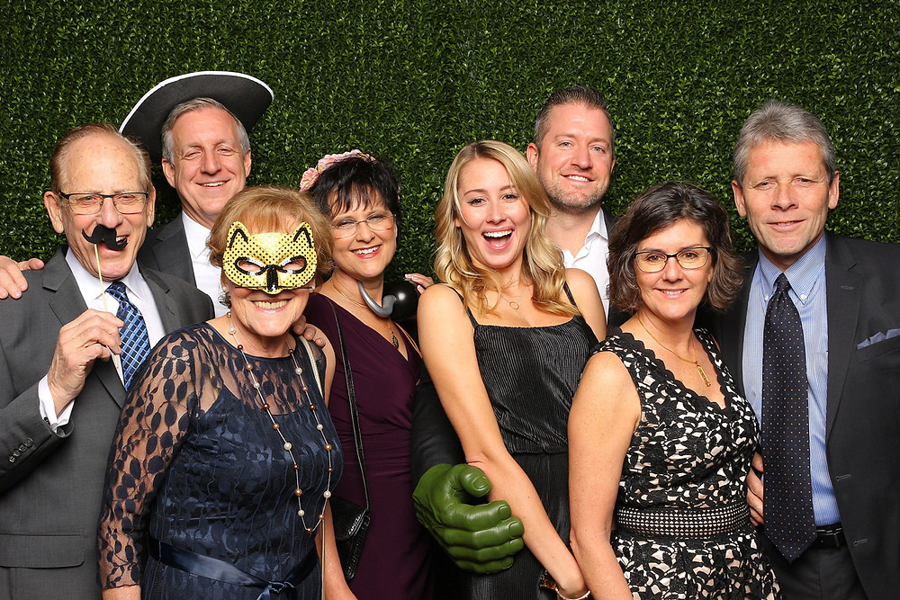 photo booth rental abbotsford family