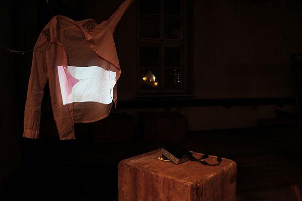 2017_Kunstfabrik_Bluse_nachtsWEB.jpg