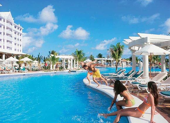 MONTEGO BAY TO OCHO RIOS HOTELS
