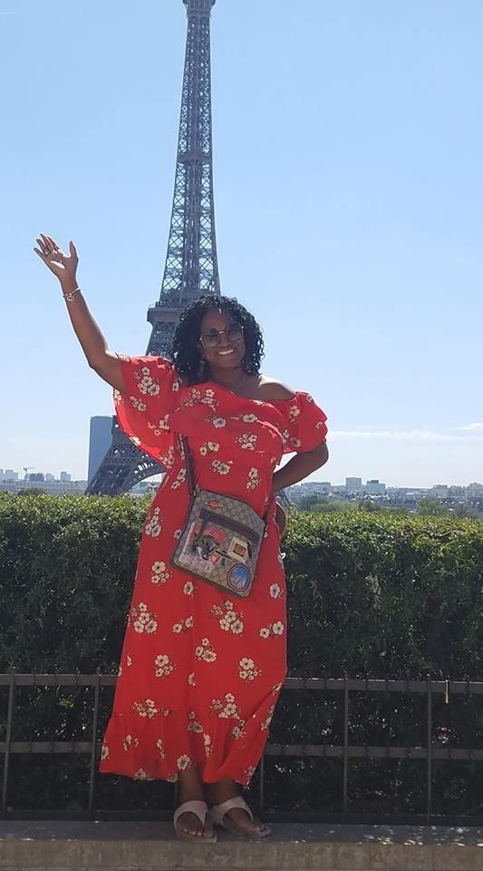 LARAE IN PARIS.jpg