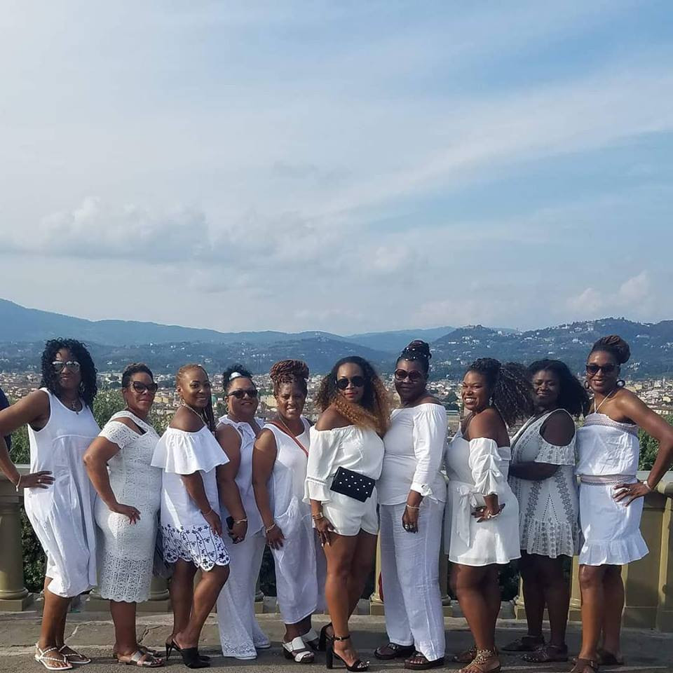 All-White Dinner at the Tuscan Vineyard
