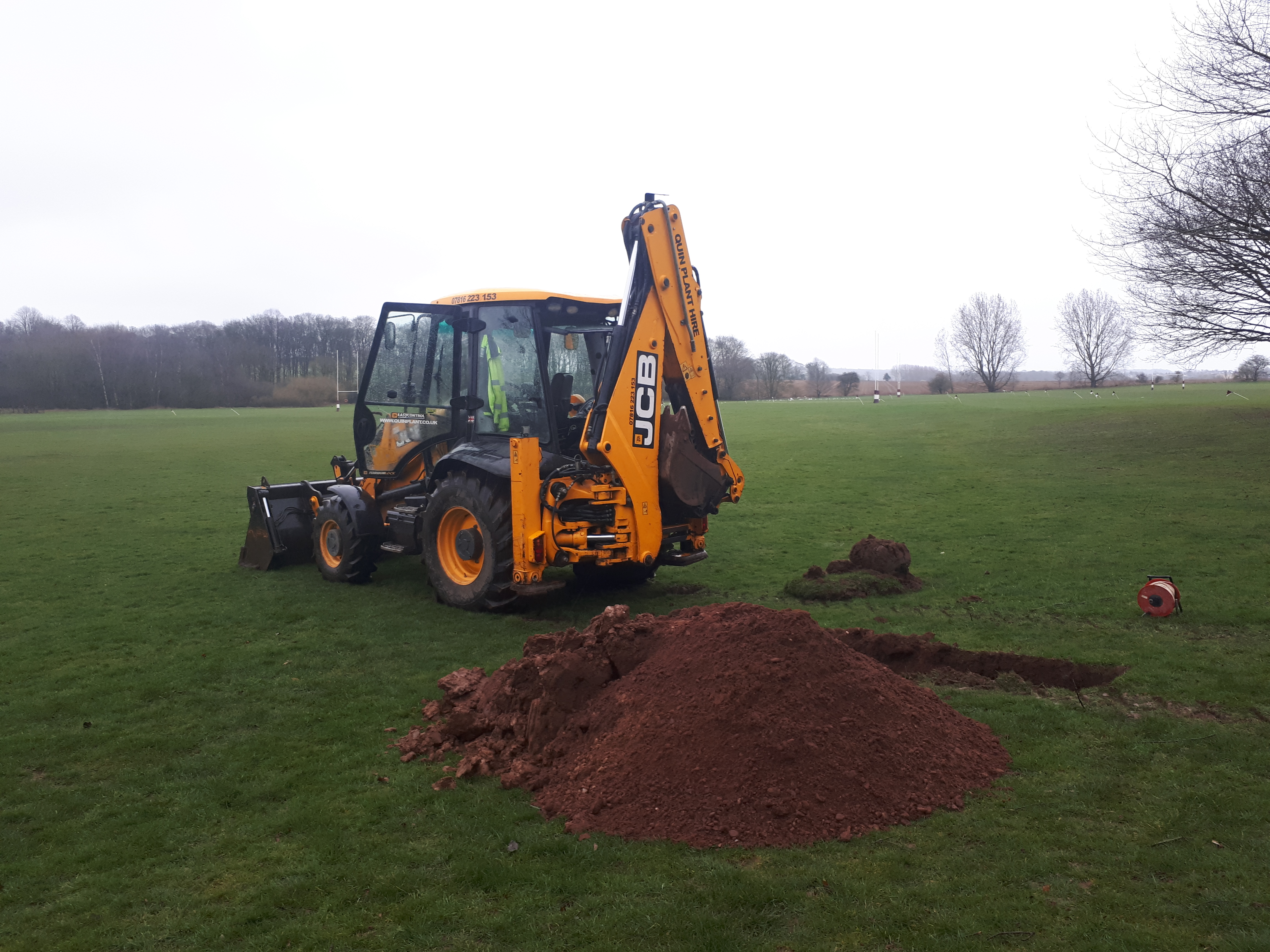 JCB 3CX Trial Pits