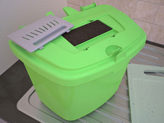 Food waste recycling caddies with changeable odour reducing carbon filters.