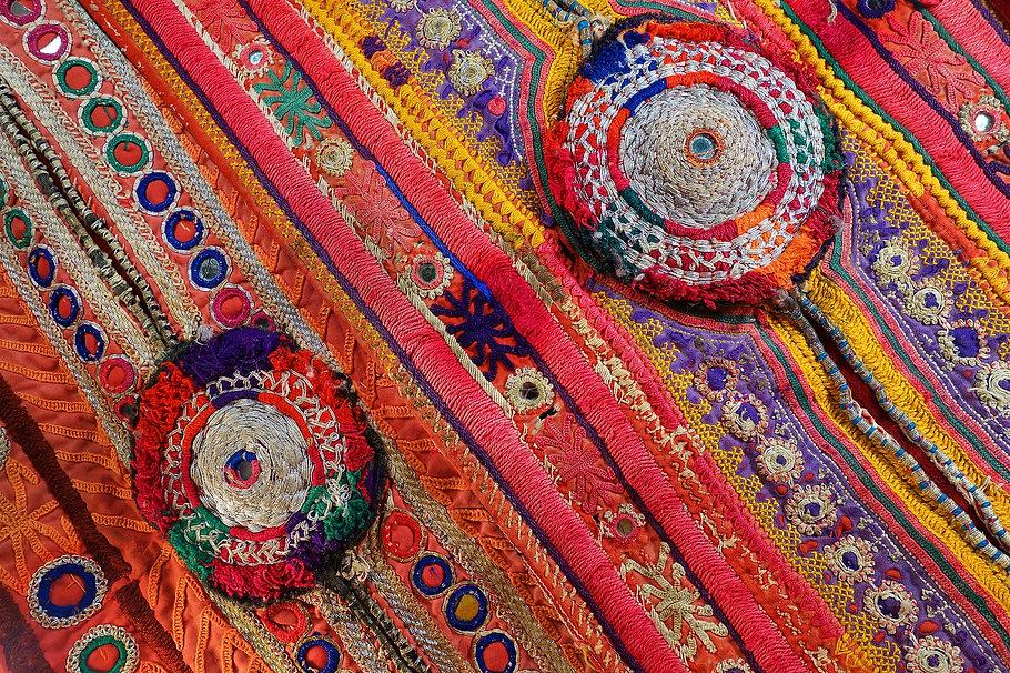 embroidery gujarat.jpg