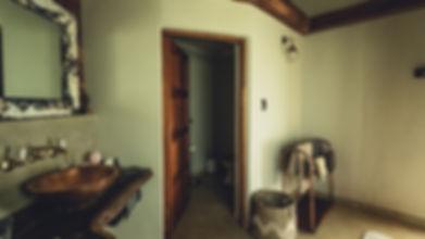 nyala Rondawel bathroom (1 of 1).jpg